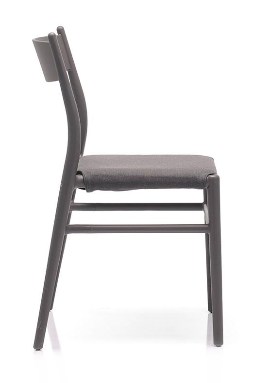 Abbildung Stuhl Twenty Seitenansicht