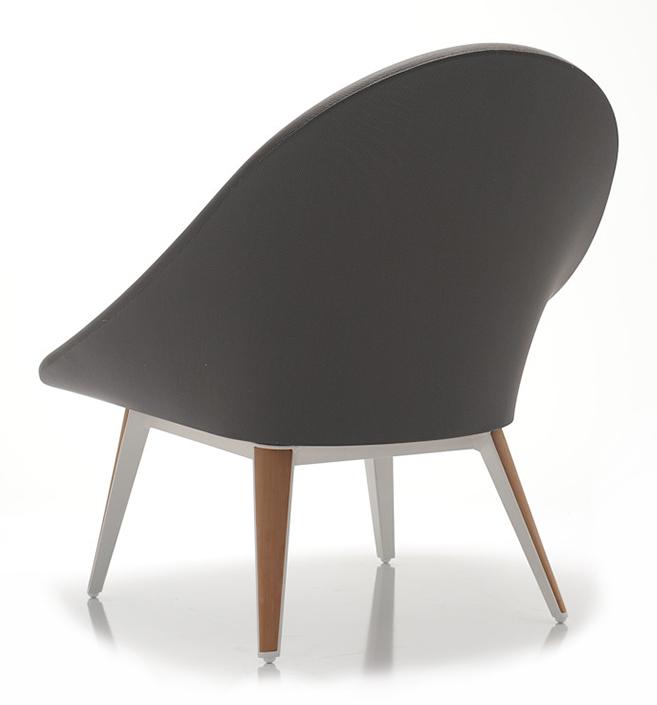 Abbildung armchair Tuxum Schrägansicht